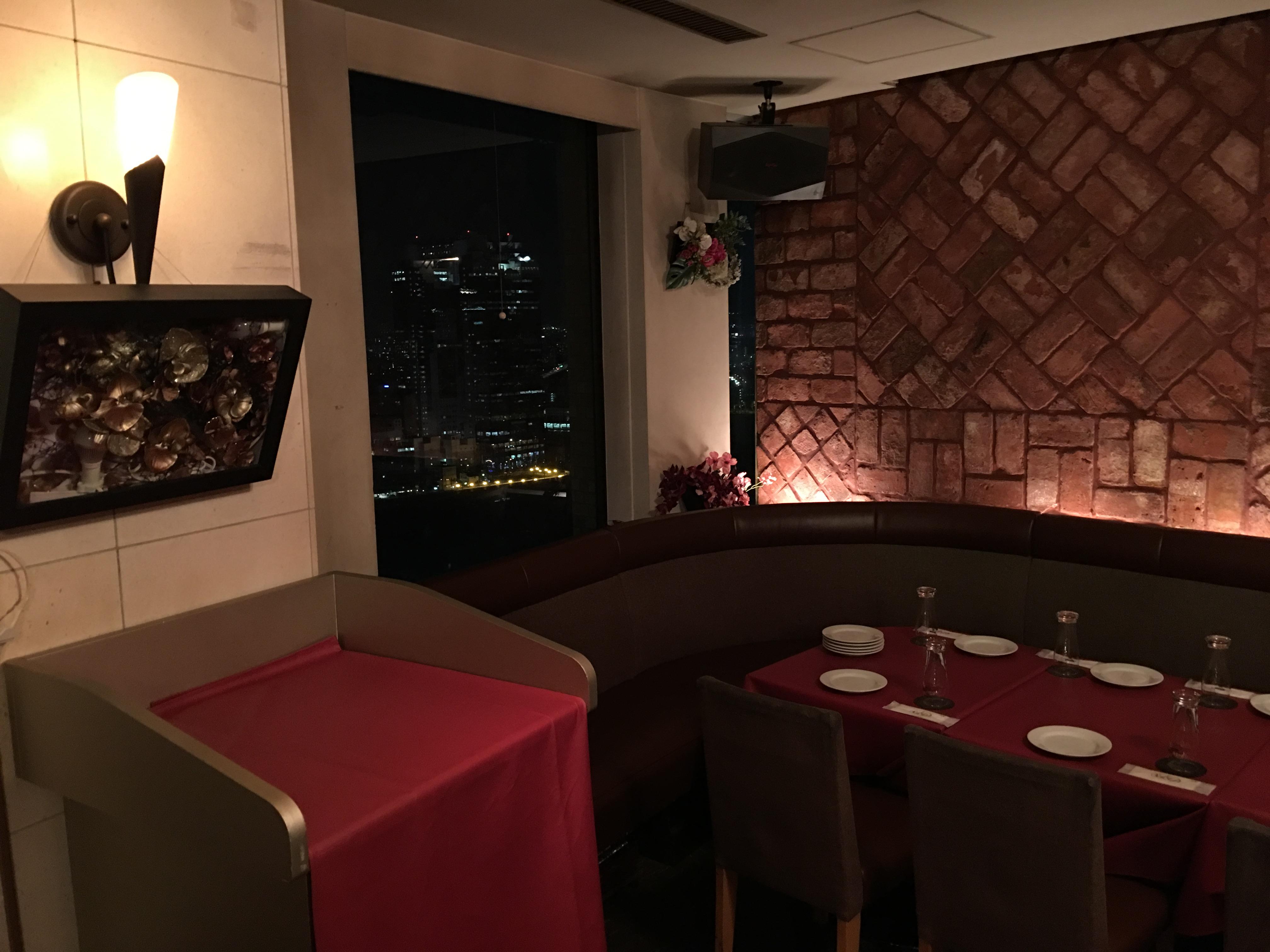 梅田 夜景 レストラン